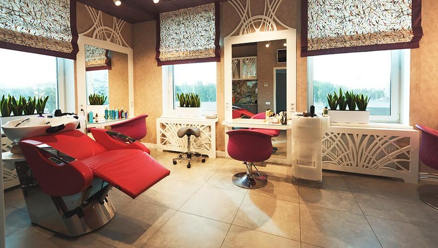 Kozmetična oprema za salone