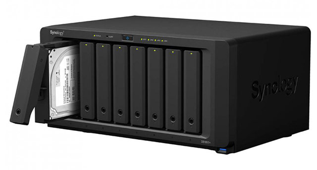 Strežnik NAS Synology DiskStation DS-1817+